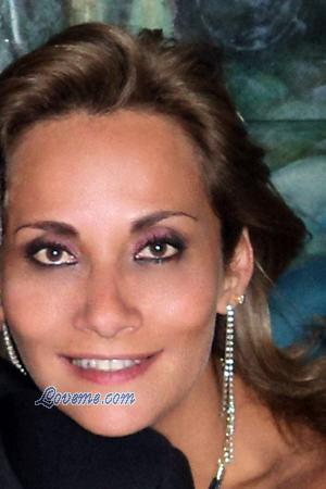 134761 - Alessandra Age: 52 - Colombia